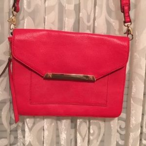 Stella & Dot  Crossbody purse
